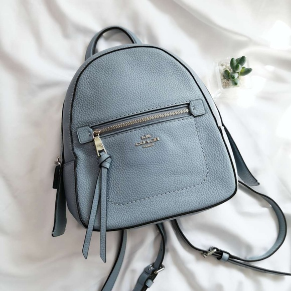 NWT Coach F30530 Andi Backpack Crossbody Handbag in Pebble Leather chalk